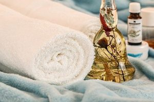 picture of towels and essential oils